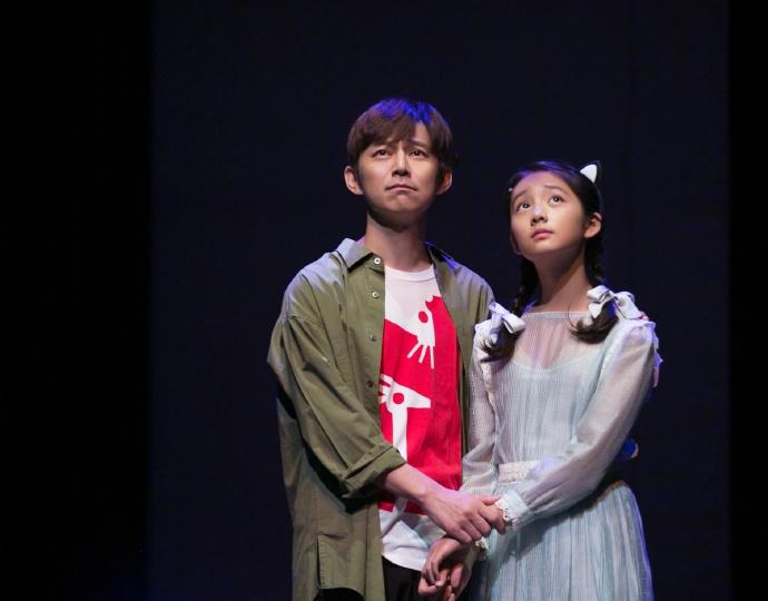 【上海站】「何炅/黄忆慈」赖声川经典话剧《水中之书》